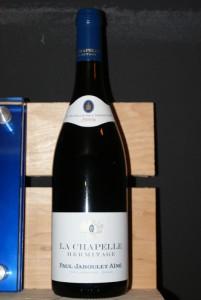"""Une bouteille de """"La Chapelle Hermitage 2006"""""""